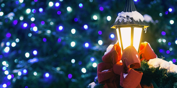 Christmas style lamp post